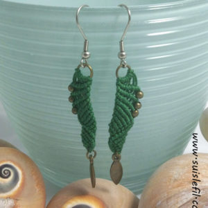 forest green macrame earrings