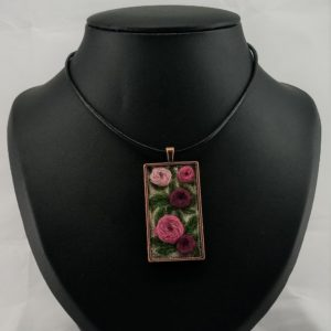 pink flowers pendant