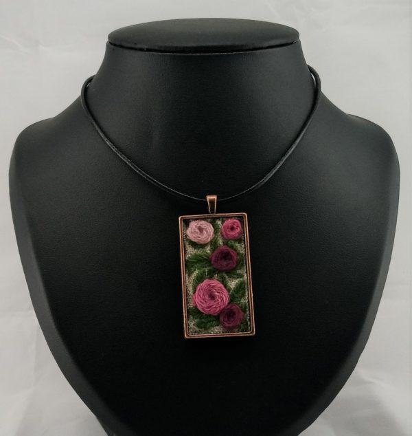 pink flowers pendant